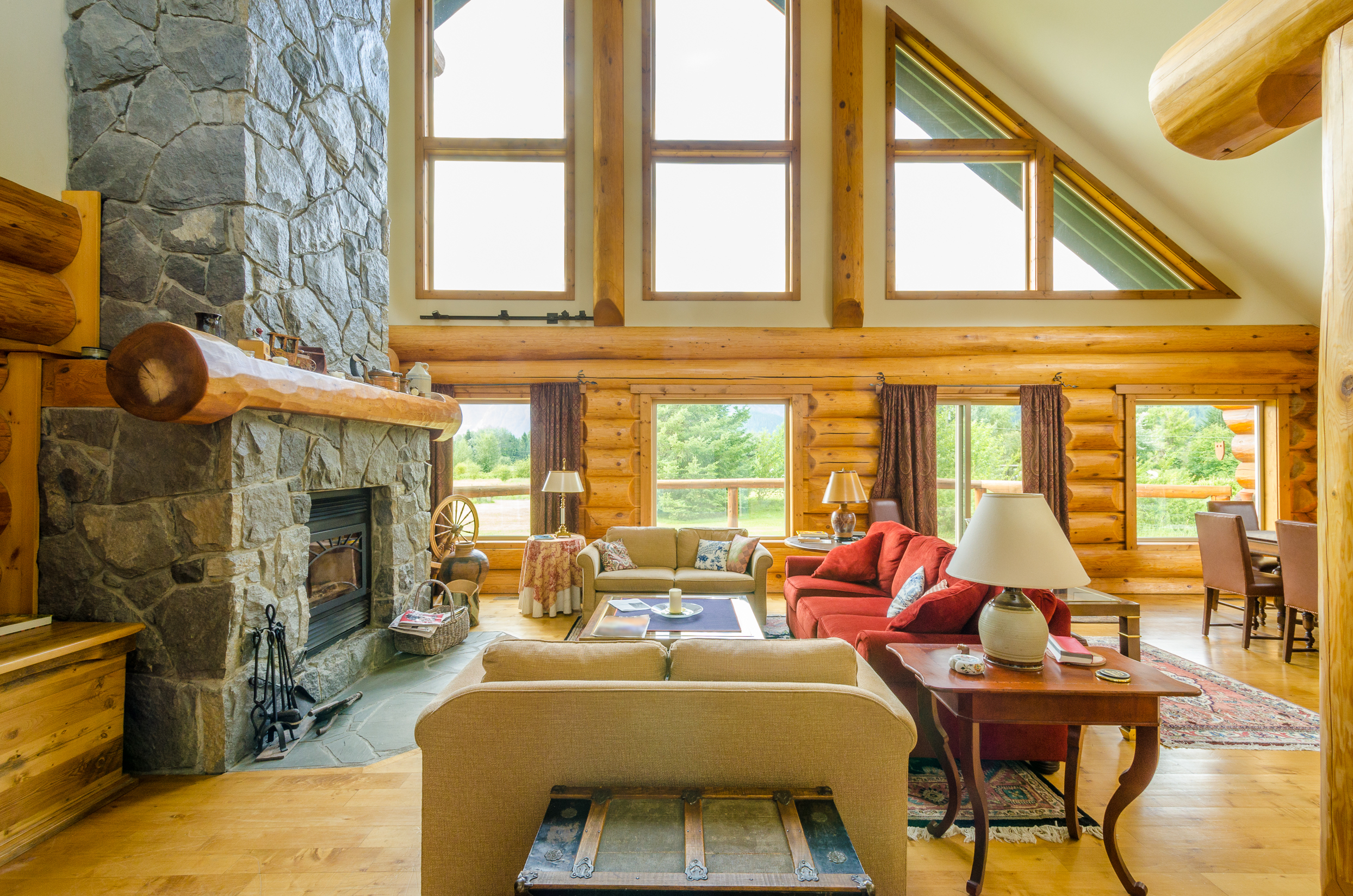 Image of: log cabin home decor