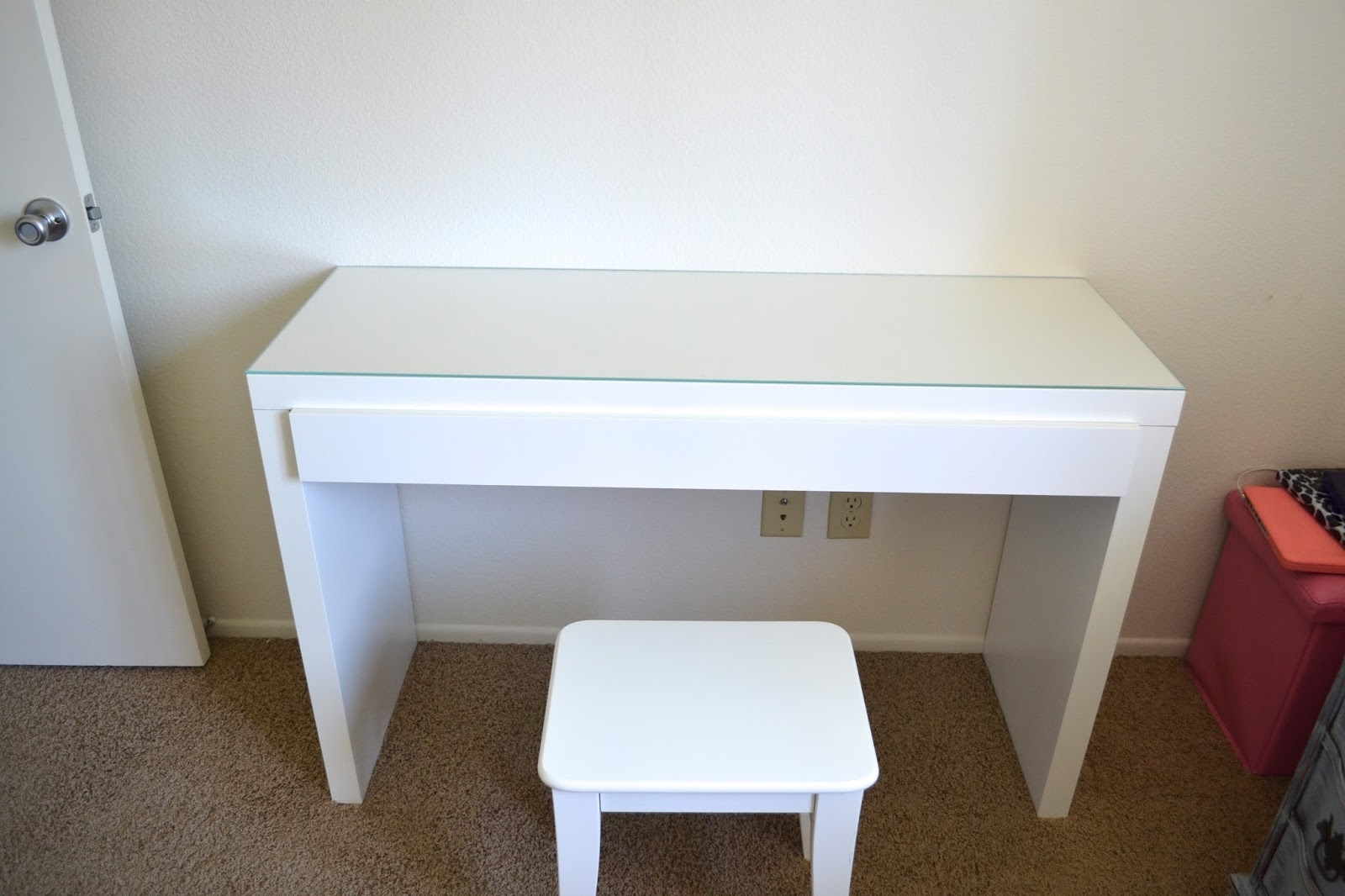 Image of: malm dressing table chair