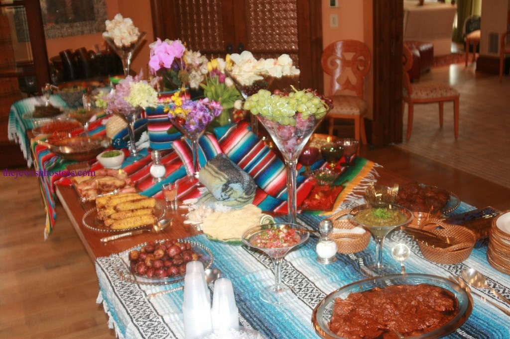 Image of: mexican party decorations