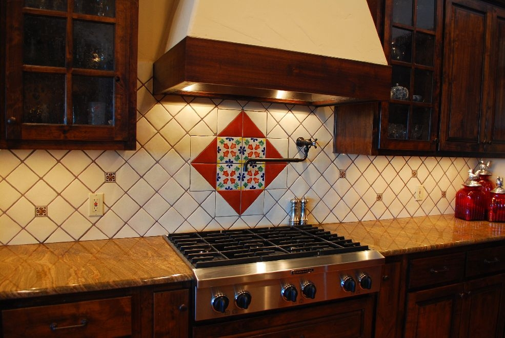 Image of: mexican tile backsplash pictures
