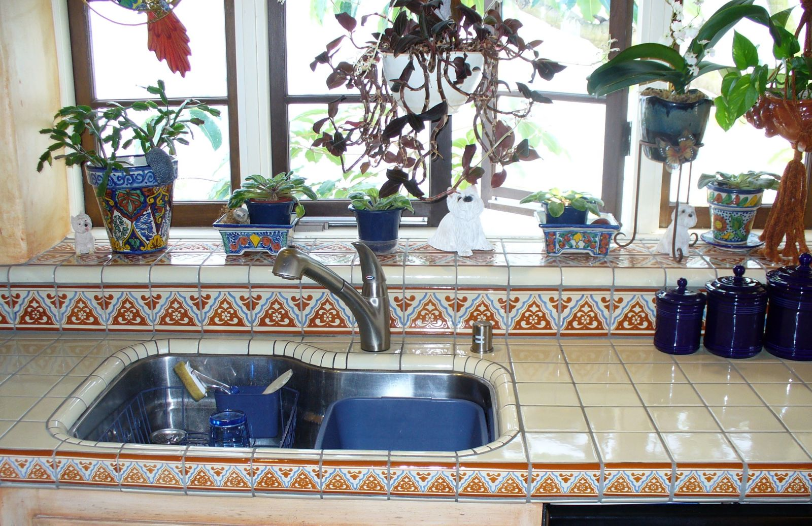 Image of: mexican tile designs for bathroom