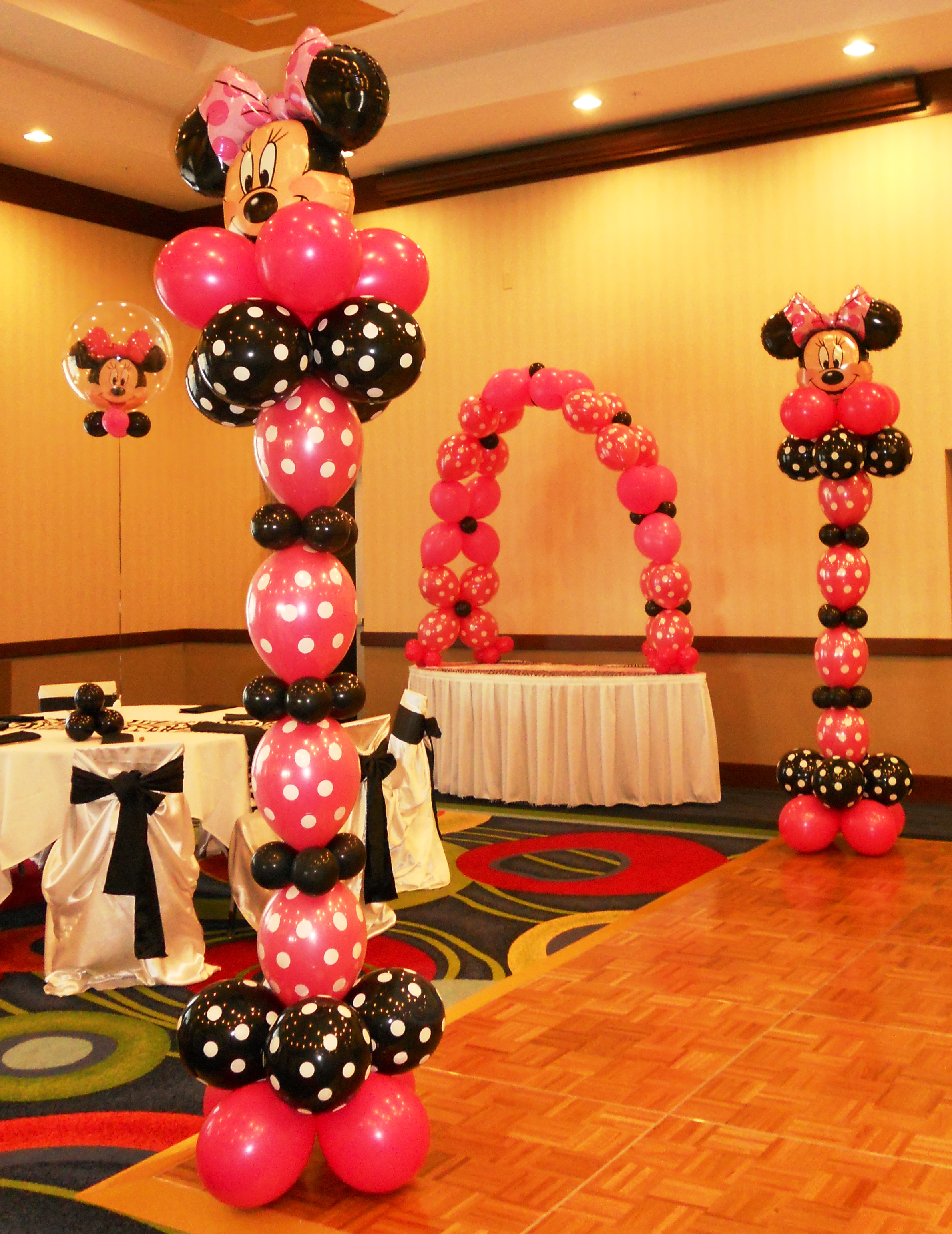 Image of: mickey mouse room decorations