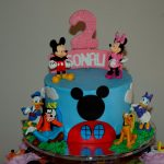 minnie and mickey mouse room decor