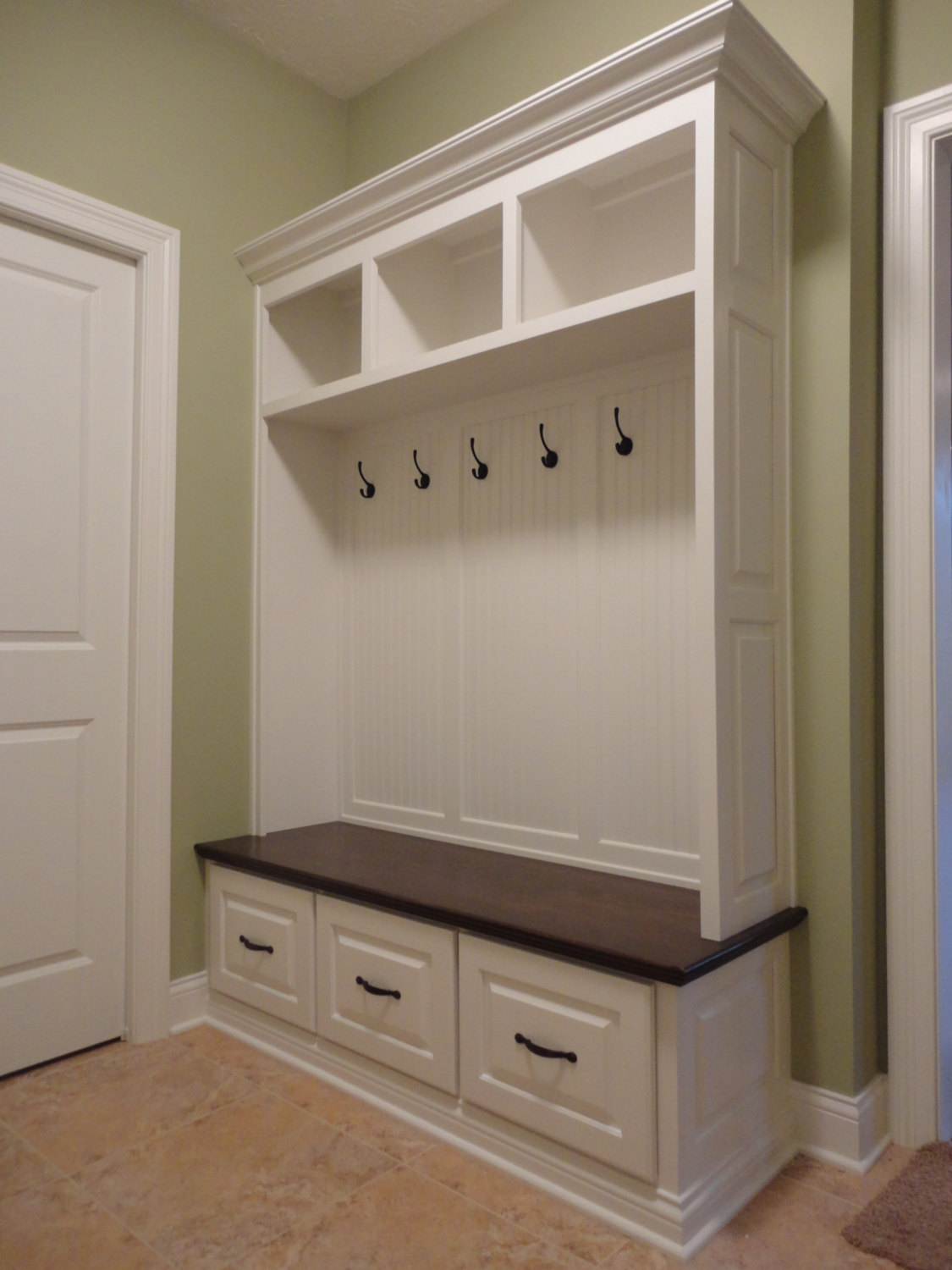 Image of: mudroom bench pictures