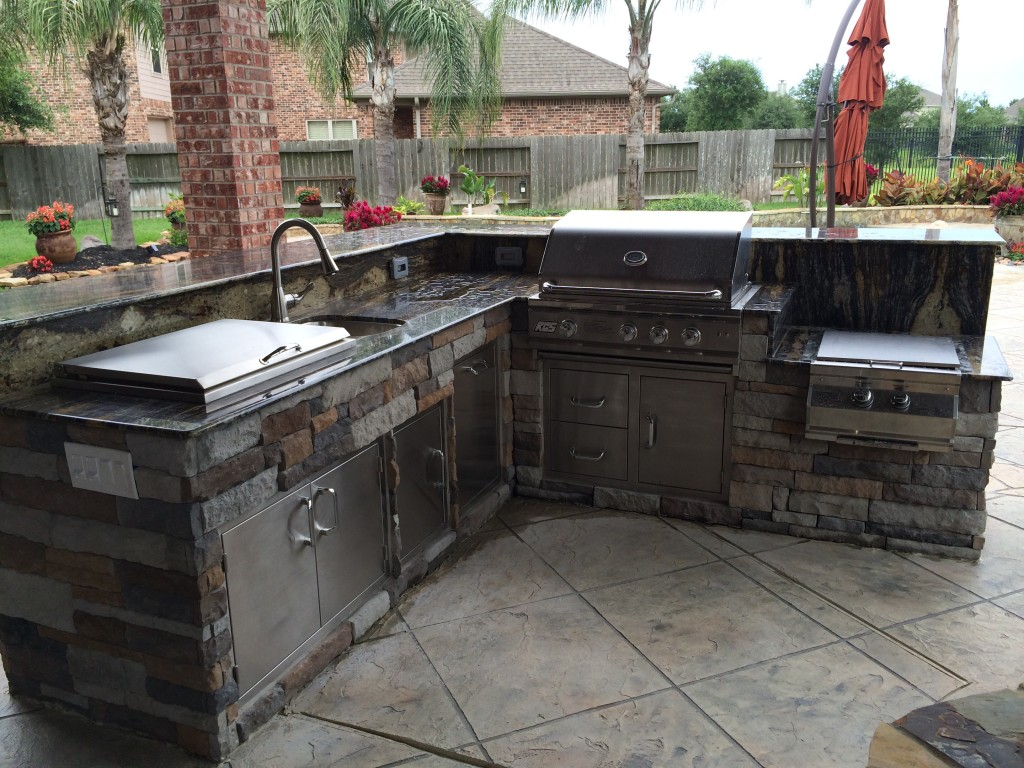 Image of: outdoor kitchen plans houston