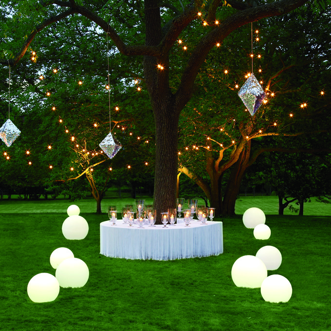 Image of: outdoor wedding for altar decorations
