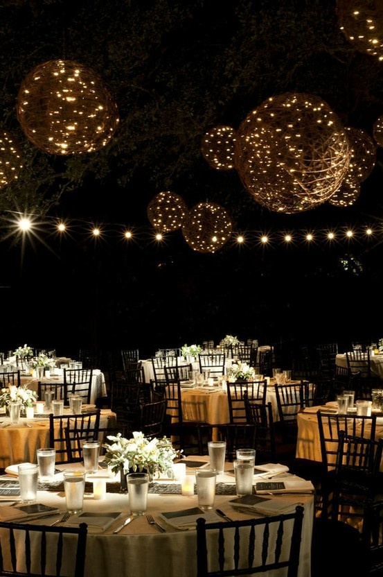 Image of: outside wedding ideas at night