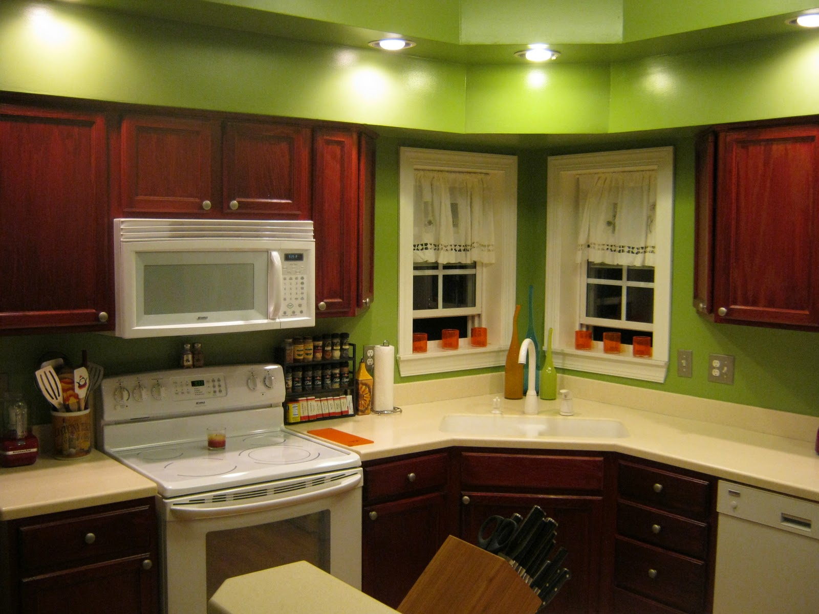 Image of: painted kitchen cabinets ideas colors