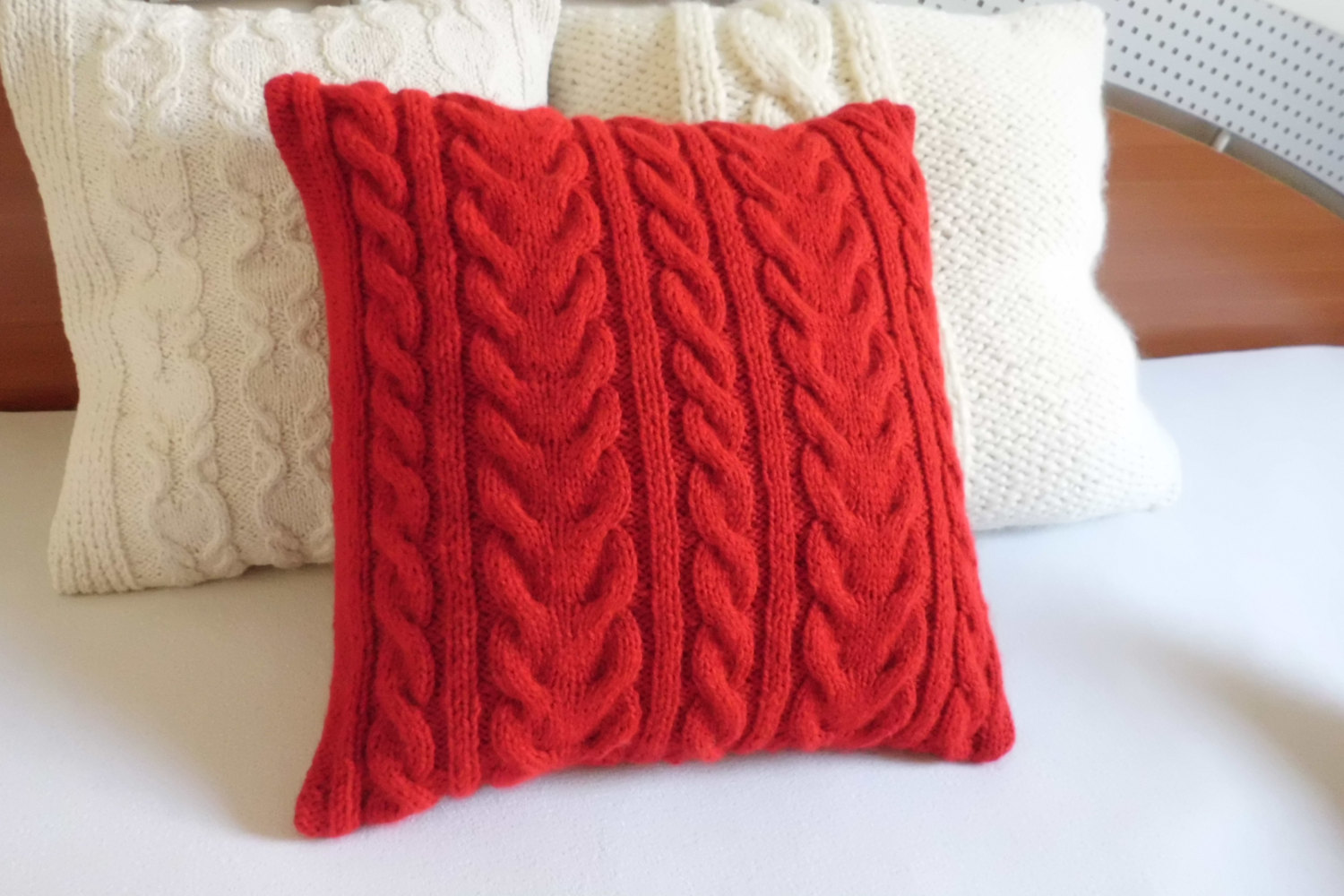 Image of: red and brown decorative pillows