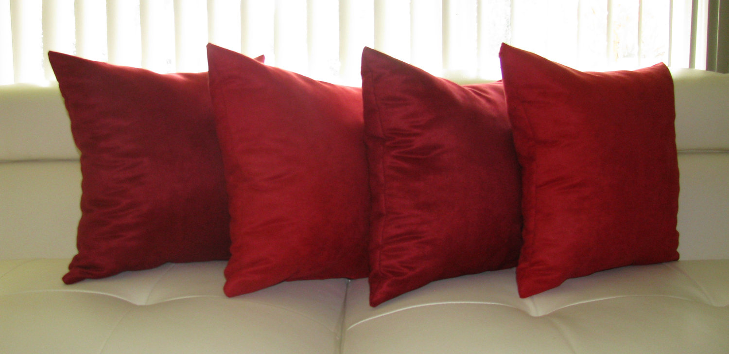 Image of: red decorative pillows