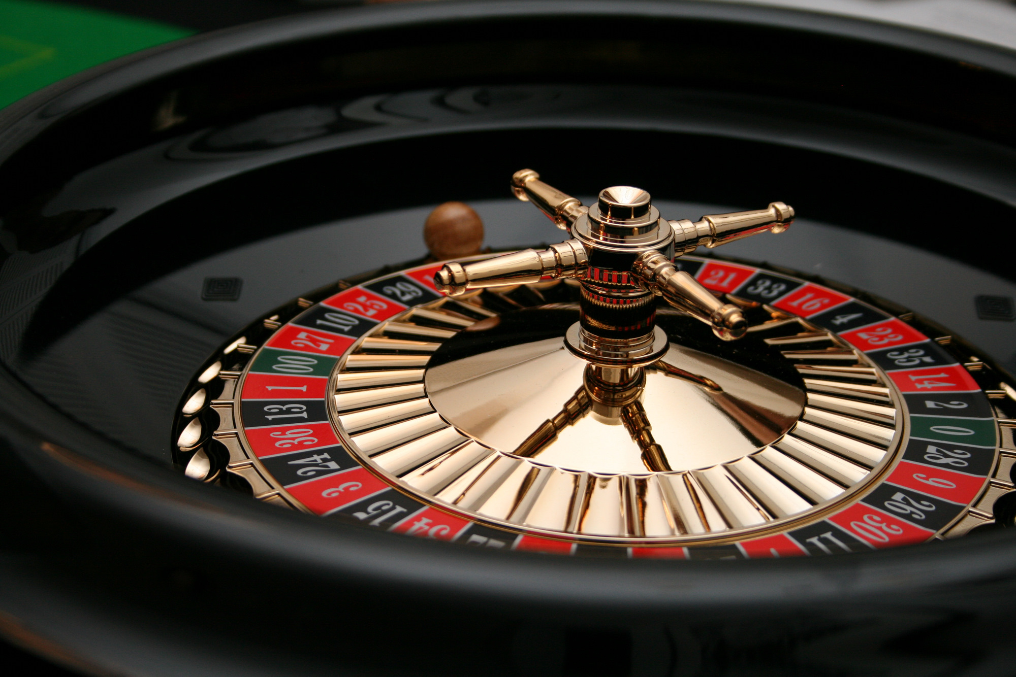 Image of: roulette table