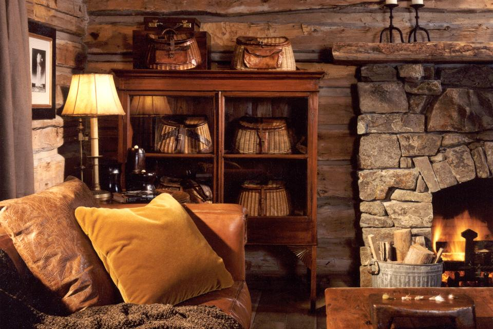 Image of: rustic fishing cabin decor