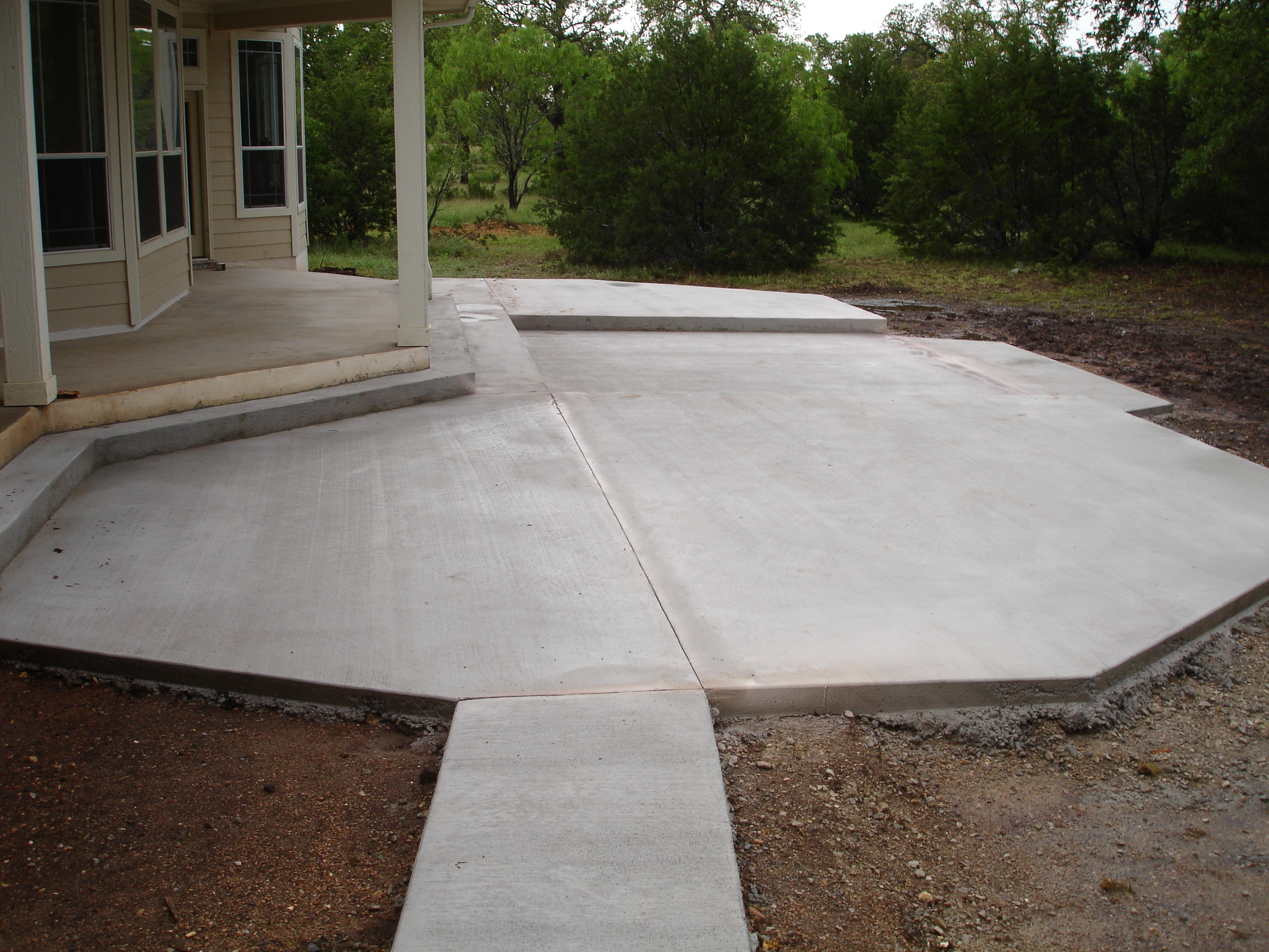 Image of: simple concrete patio designs