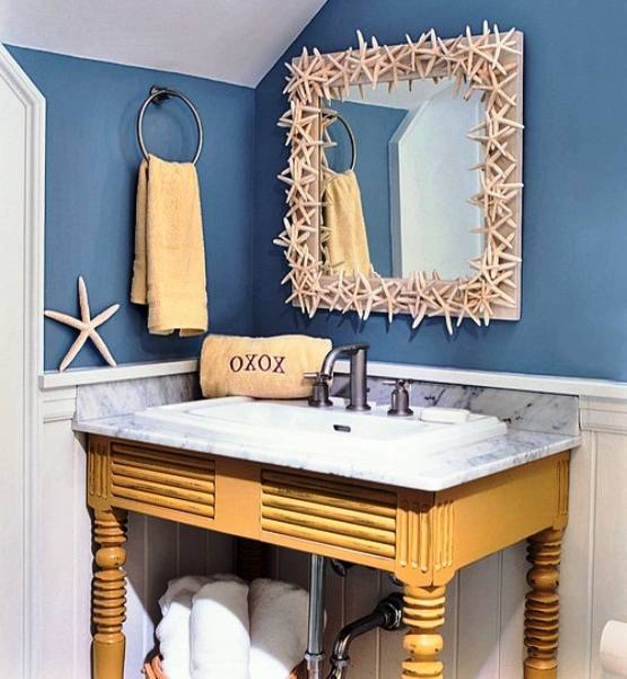 Image of: starfish wall decor bathroom