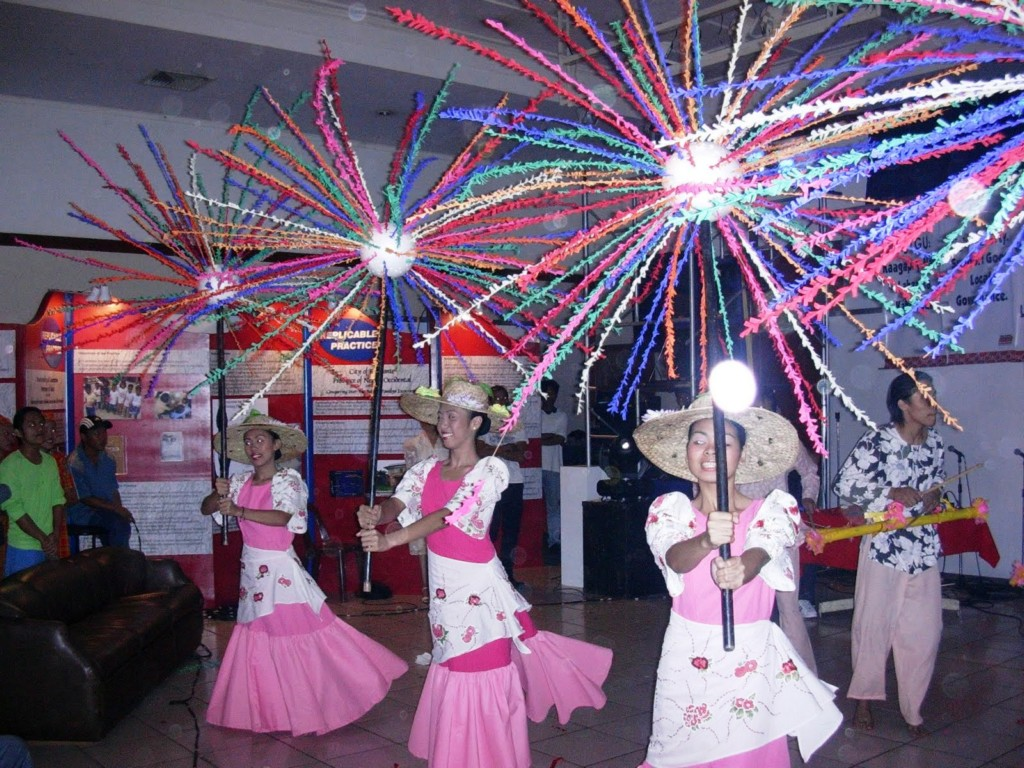 Image of: traditional mexican party decorations
