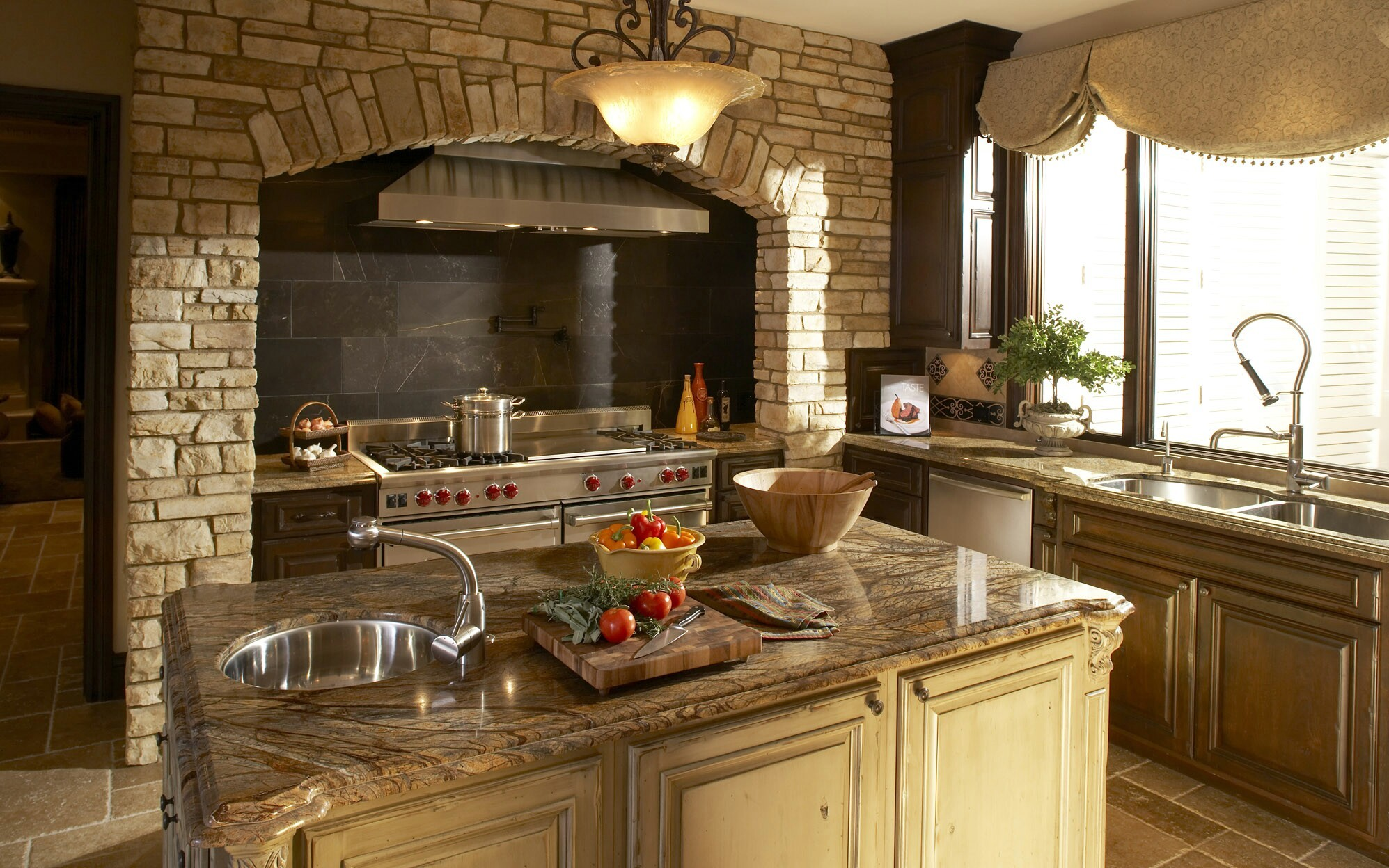 Image of: tuscan decor for kitchen
