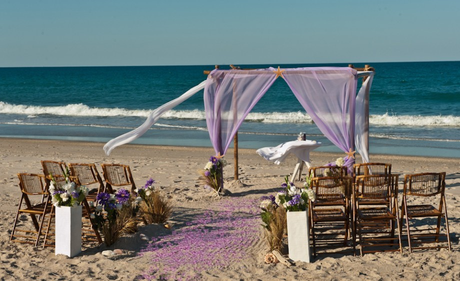 Image of: wedding beach decorations