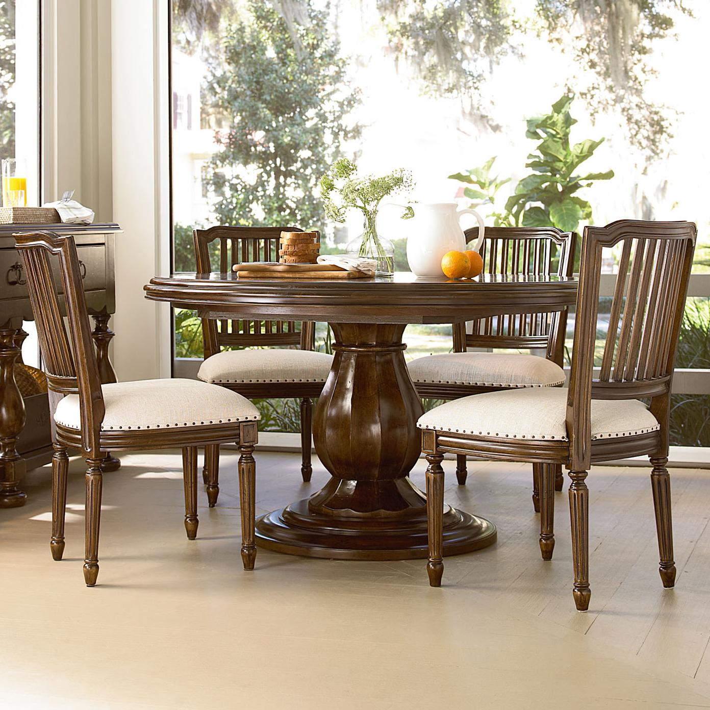 Image of: 36 round pedestal table