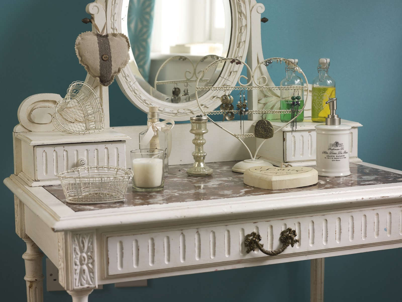 Image of: antique vanity dressing table