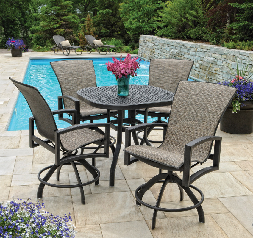 Image of: bar height patio table and chairs