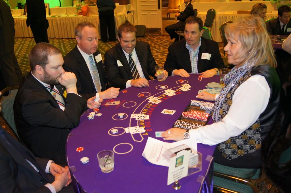 Image of: blackjack strategy table
