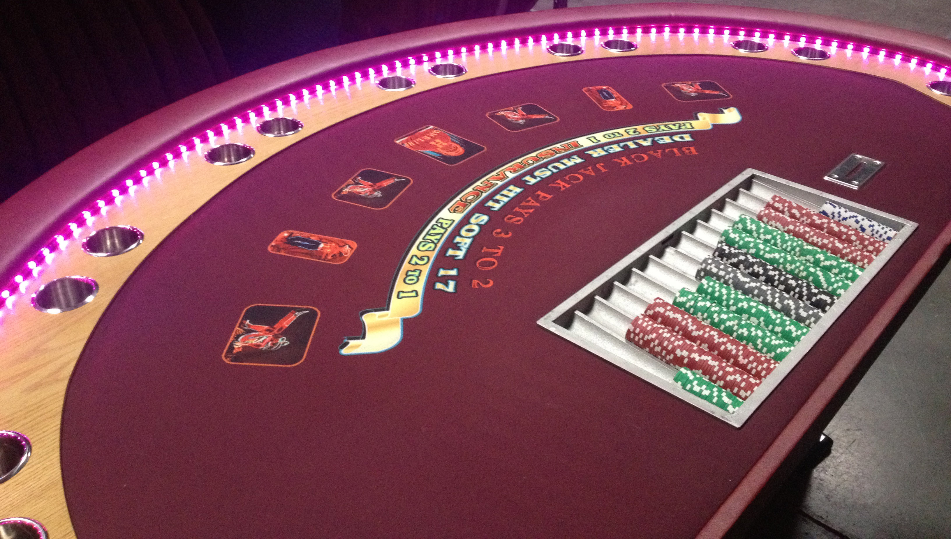 Image of: blackjack table layout