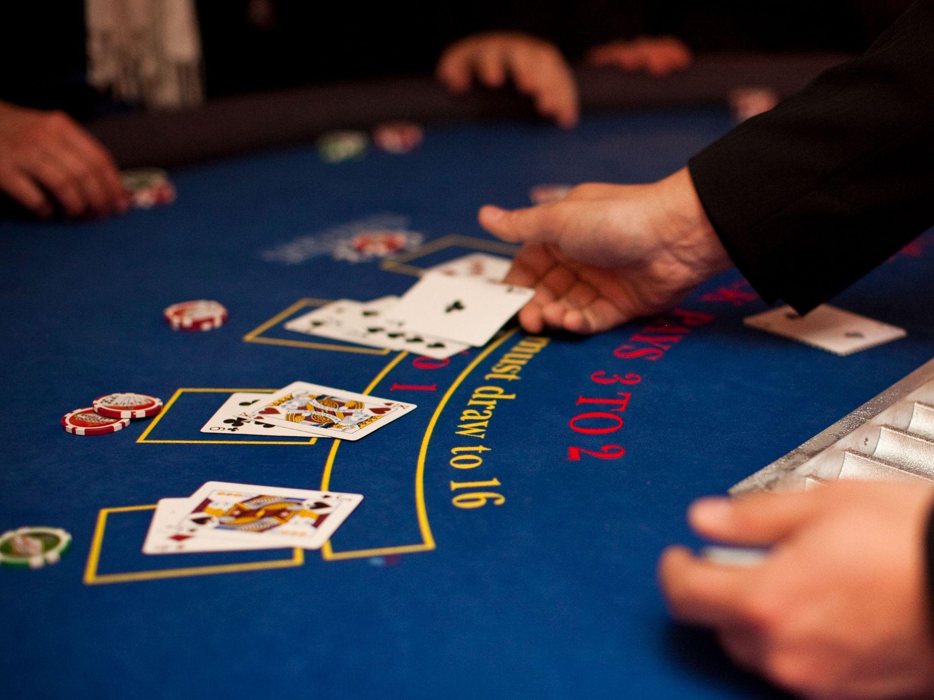 Image of: blackjack tables