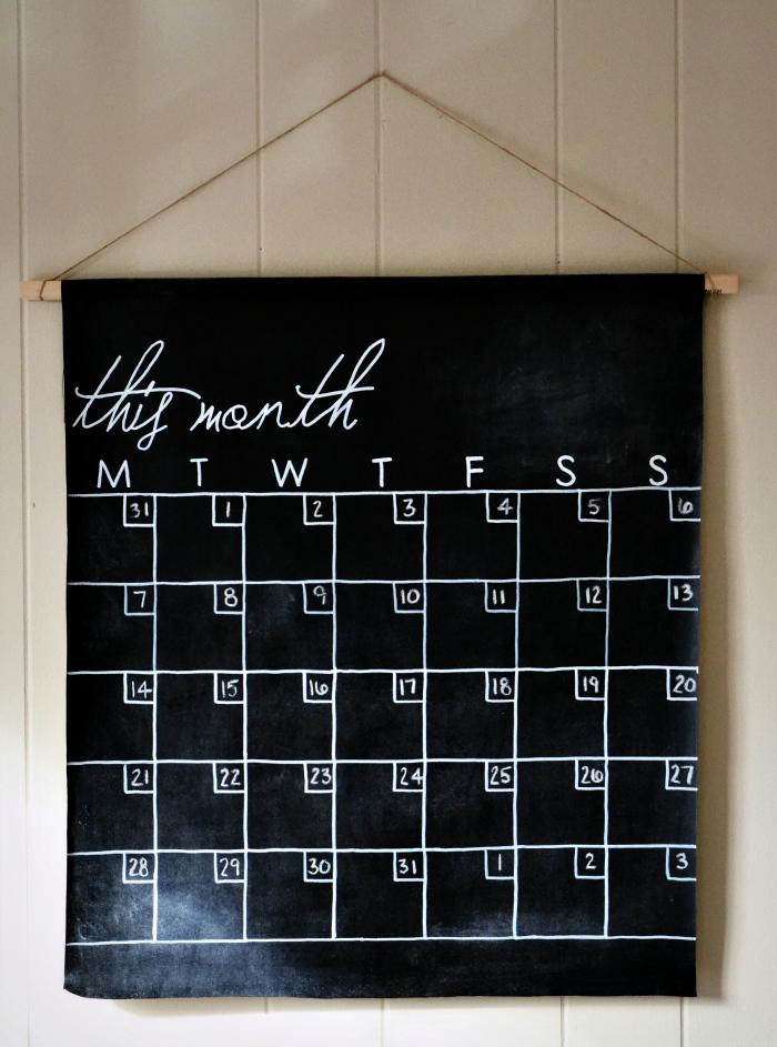 Image of: chalkboard calendar design
