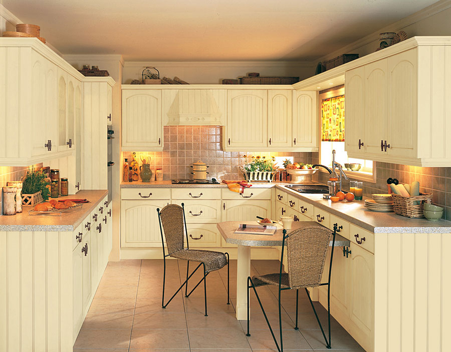 Image of: cottage kitchens uk