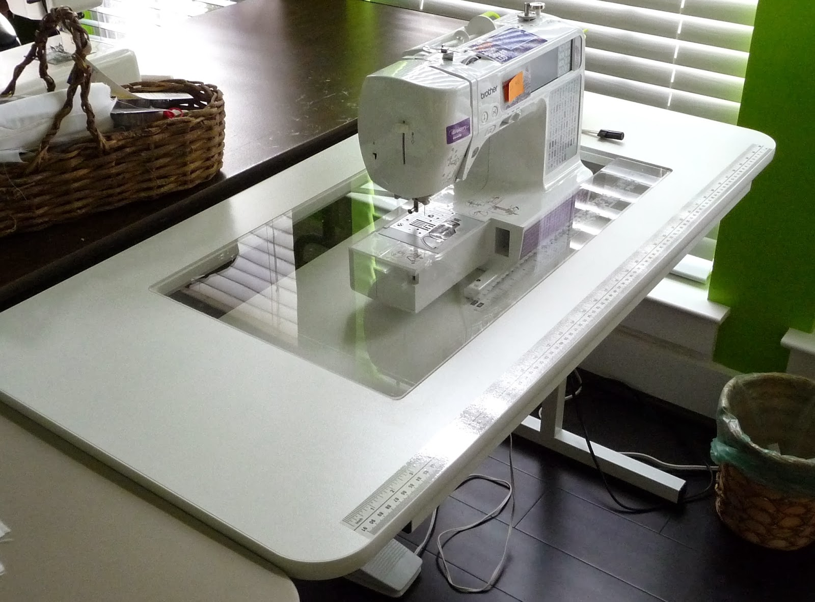 Image of: fold out sewing table