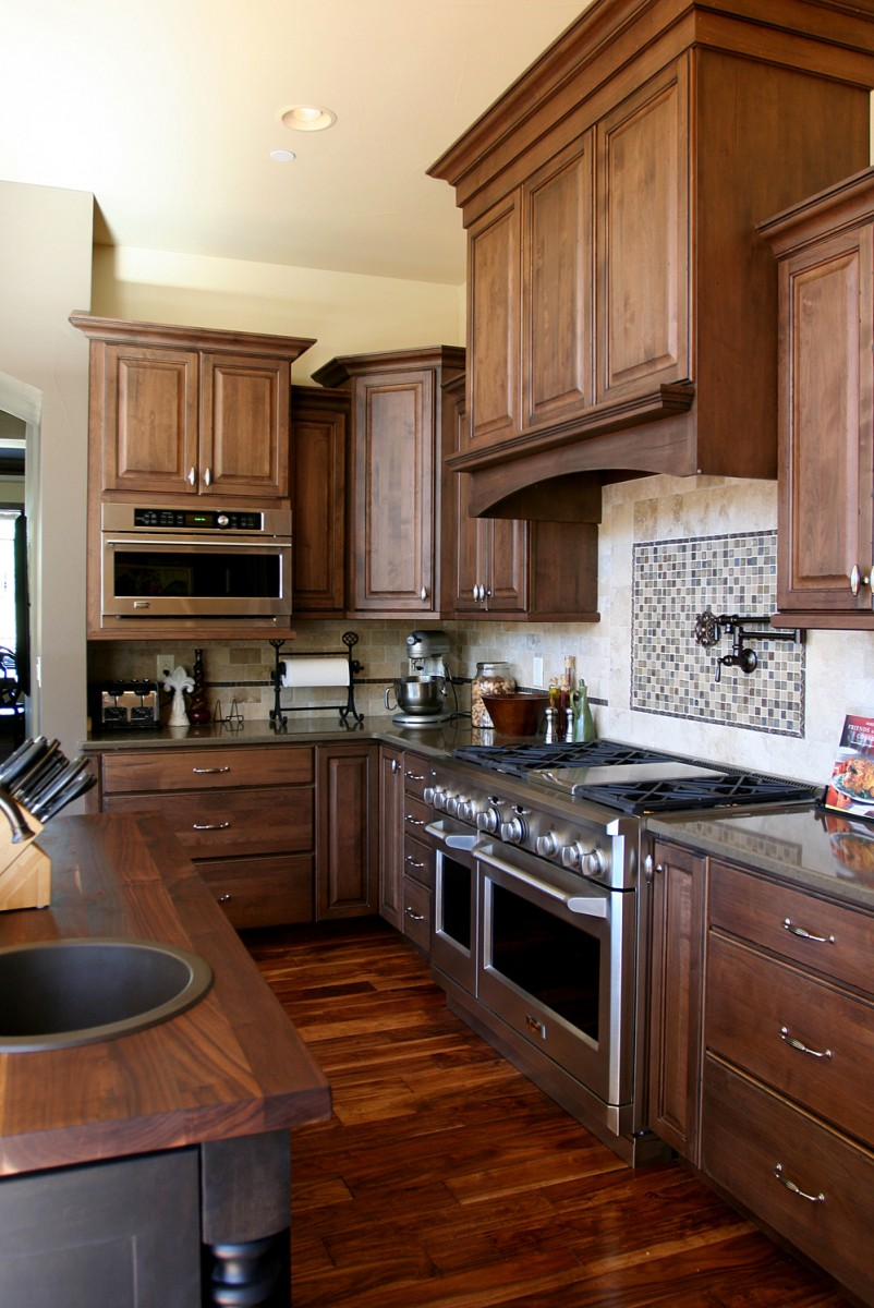 Image of: high end kitchens cabinets