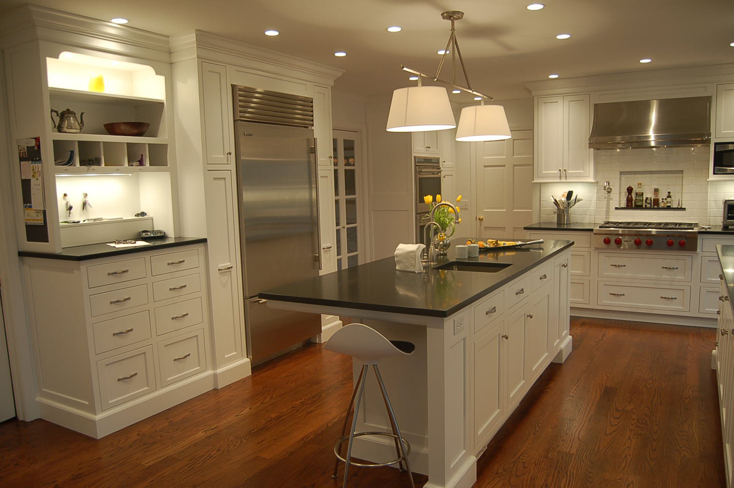 Image of: kitchen cabinet and flooring ideas