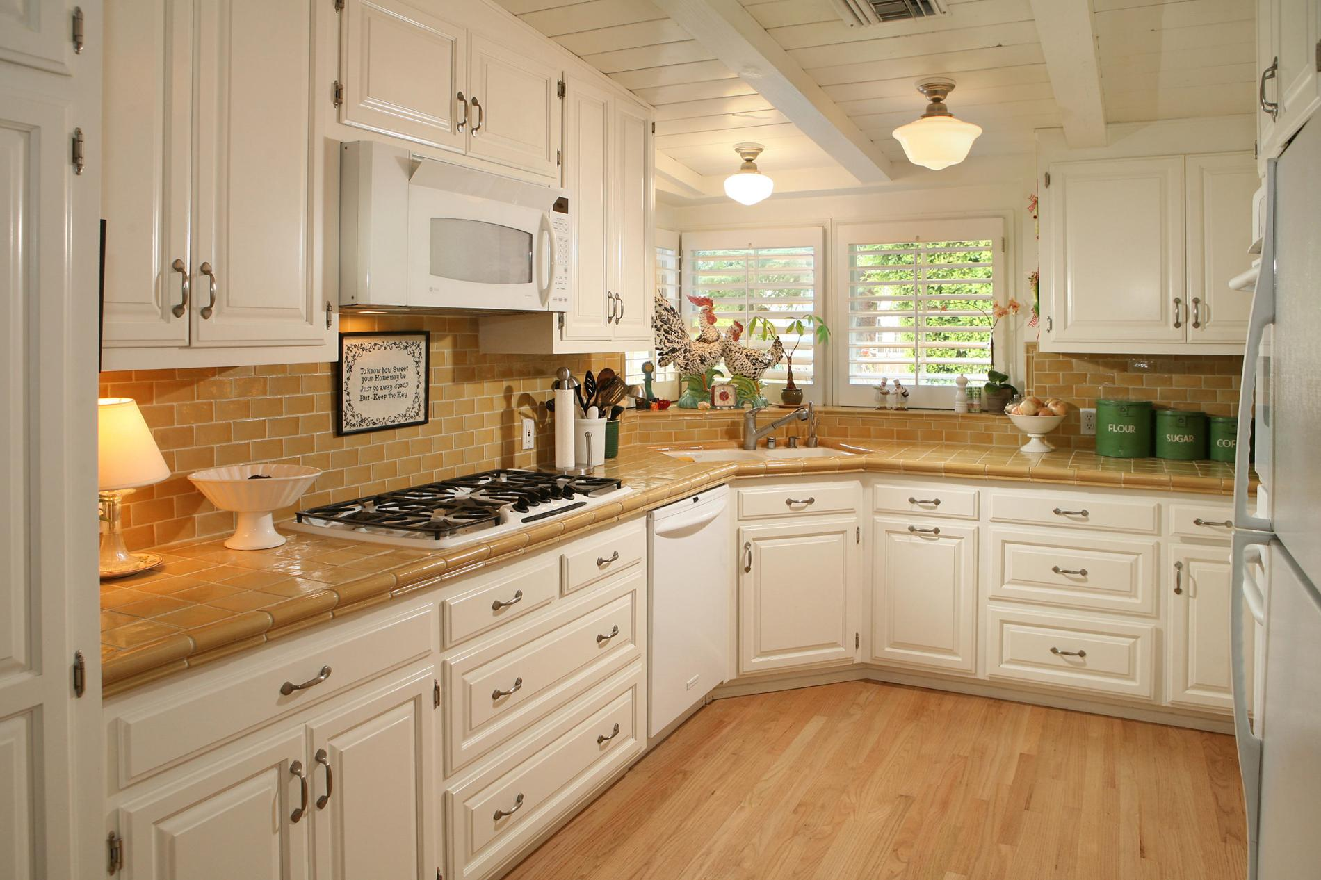 Image of: kitchen tile ideas on a budget