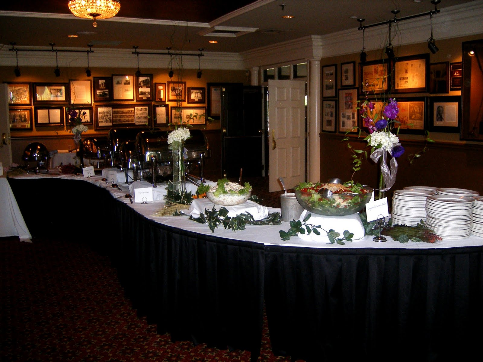 Image of: serpentine buffet table