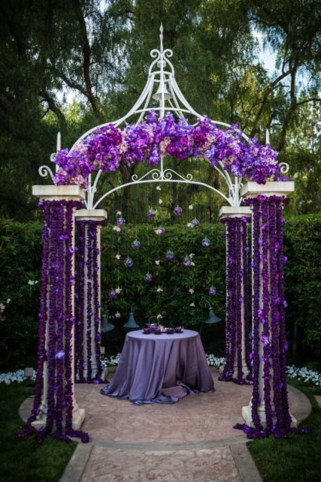 Image of: wedding ceremony altar decorations