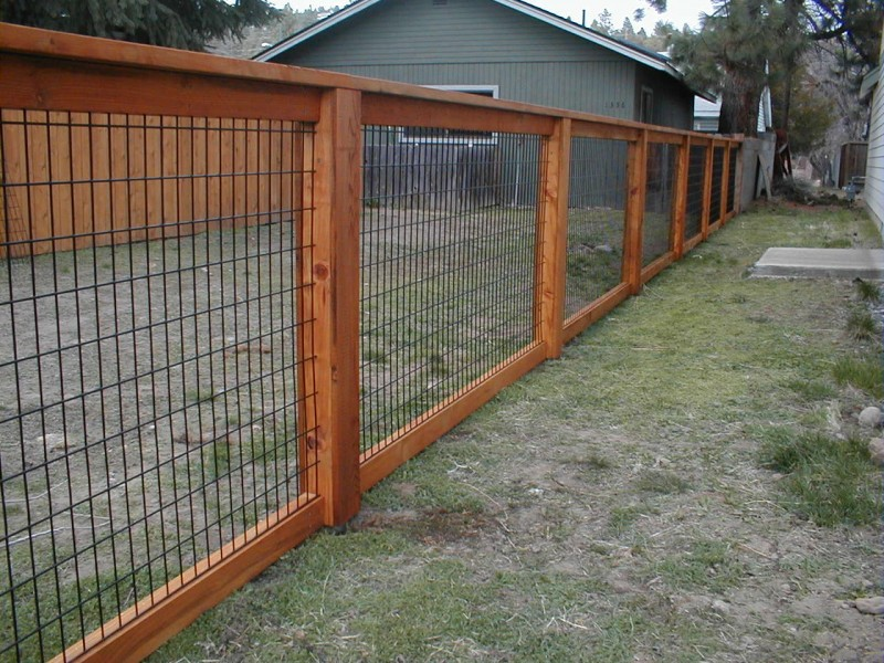 Image of: wood and wire fence designs