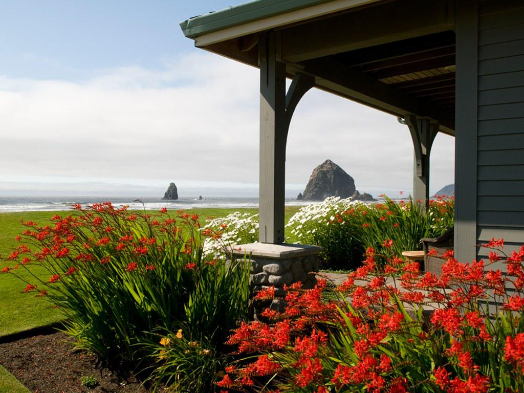 Image of: Cannon Beach Tide Table Gallery