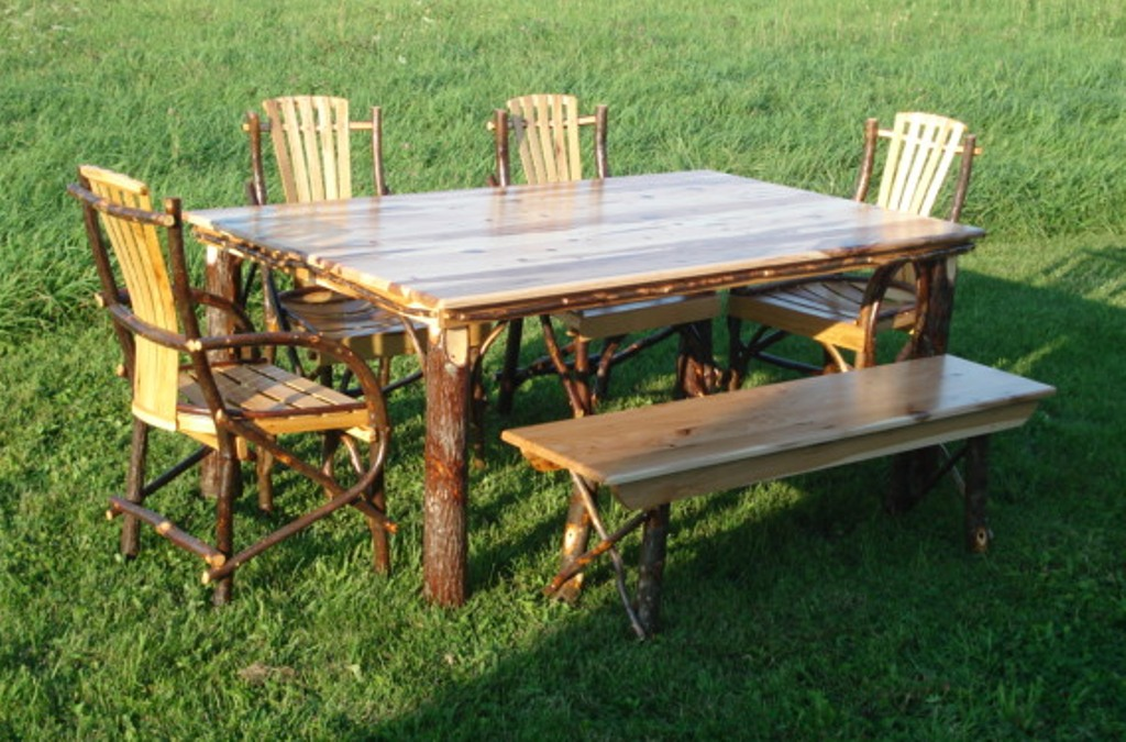 Image of: amish dining table with bench
