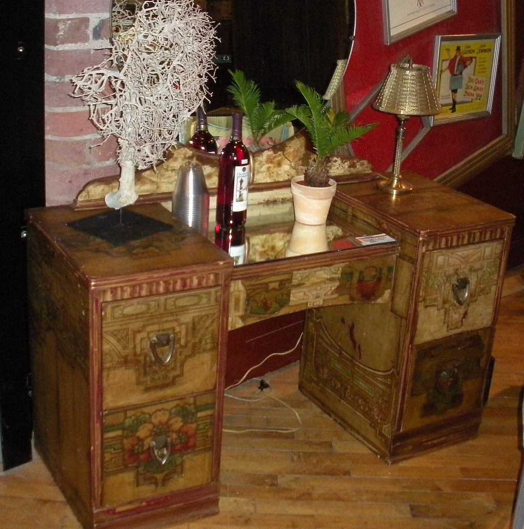 Image of: antique vanity table craigslist