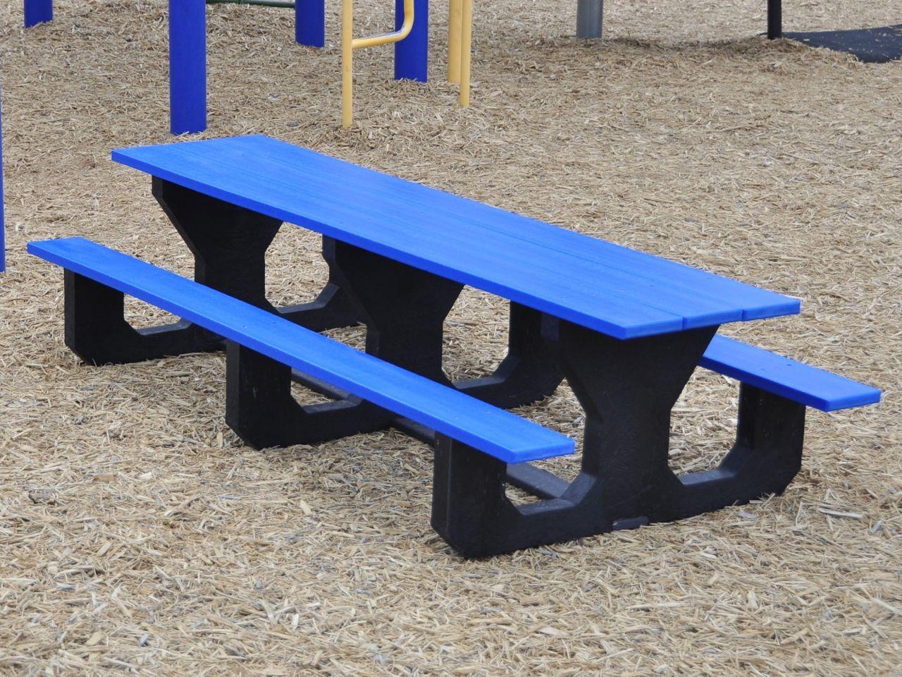 Image of: big lots toddler picnic table