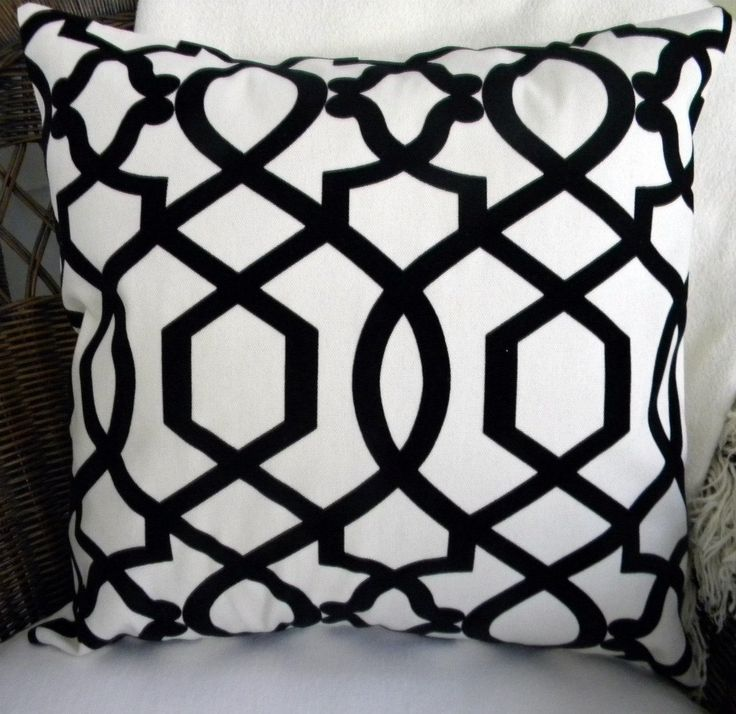 Image of: black and white decorative pillows