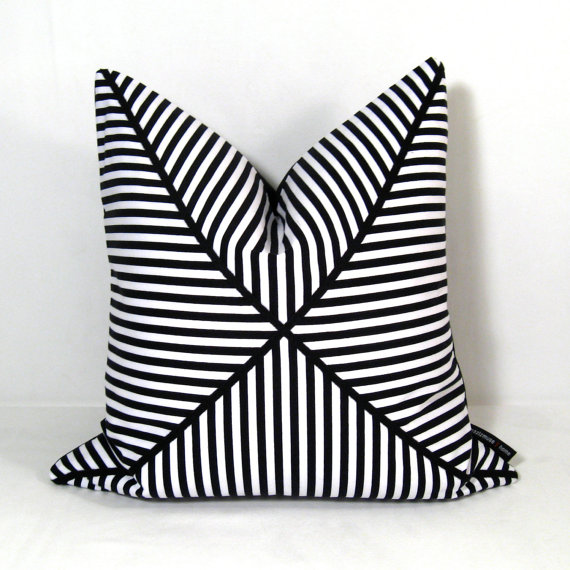 Image of: black white decorative pillows