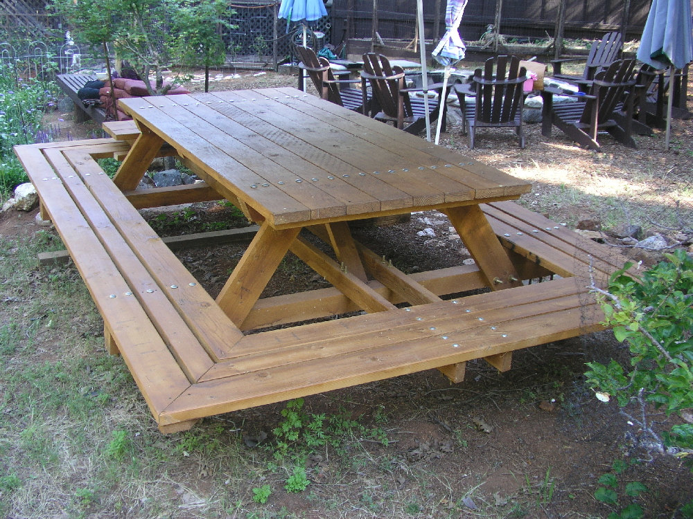 children's picnic table home depot