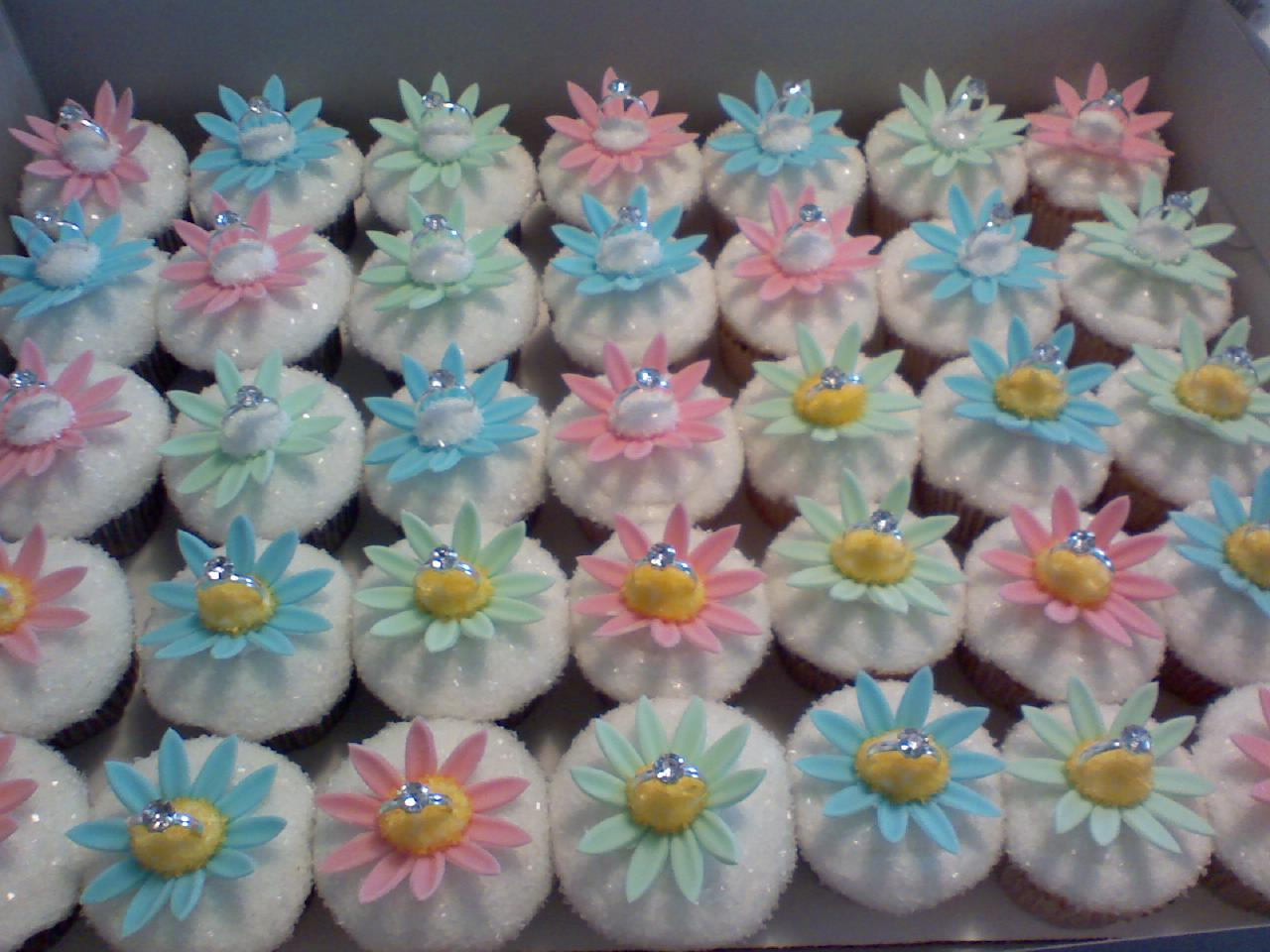 Image of: cupcake decorating ideas for girl baby shower