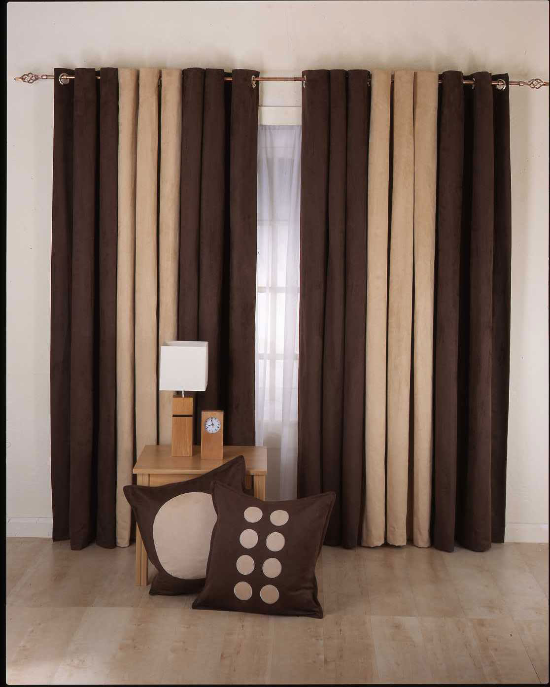 Image of: curtain designs catalogue
