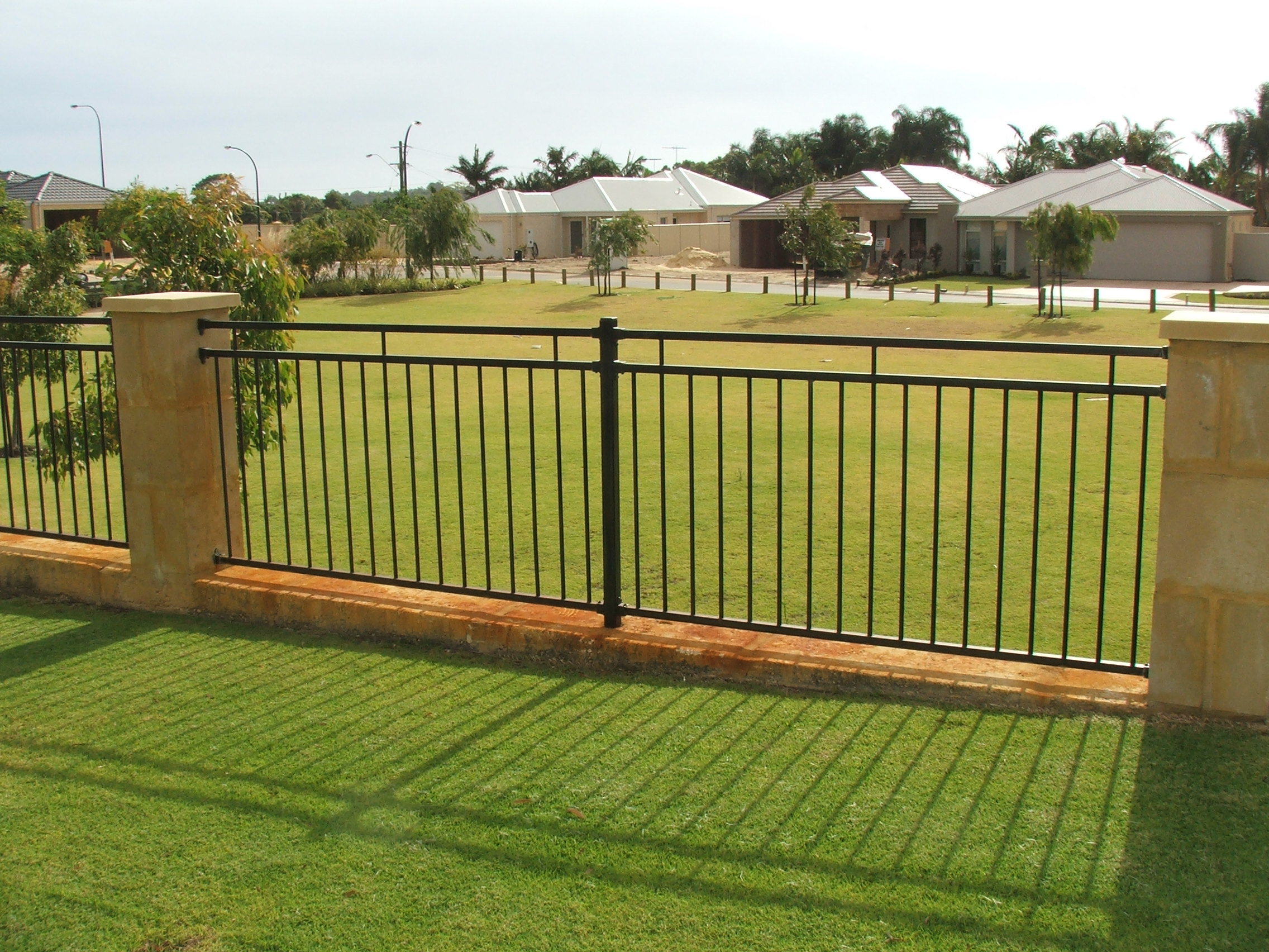 Image of: fence designs and pictures