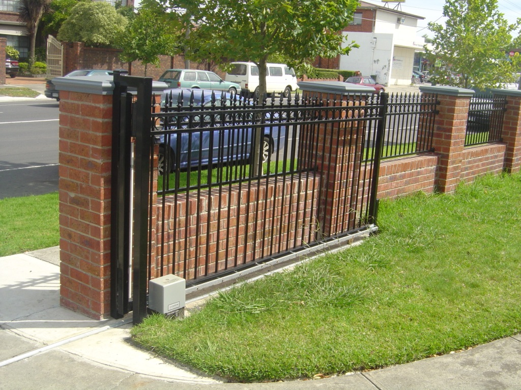 Image of: fence designs brick