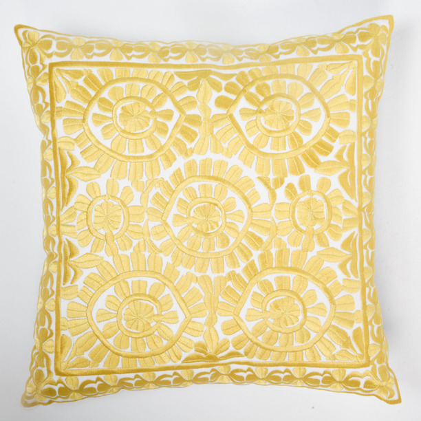 Image of: gold and white decorative pillows
