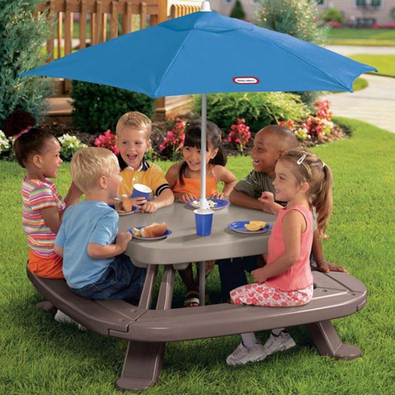 Image of: gorilla childrens picnic table and umbrella