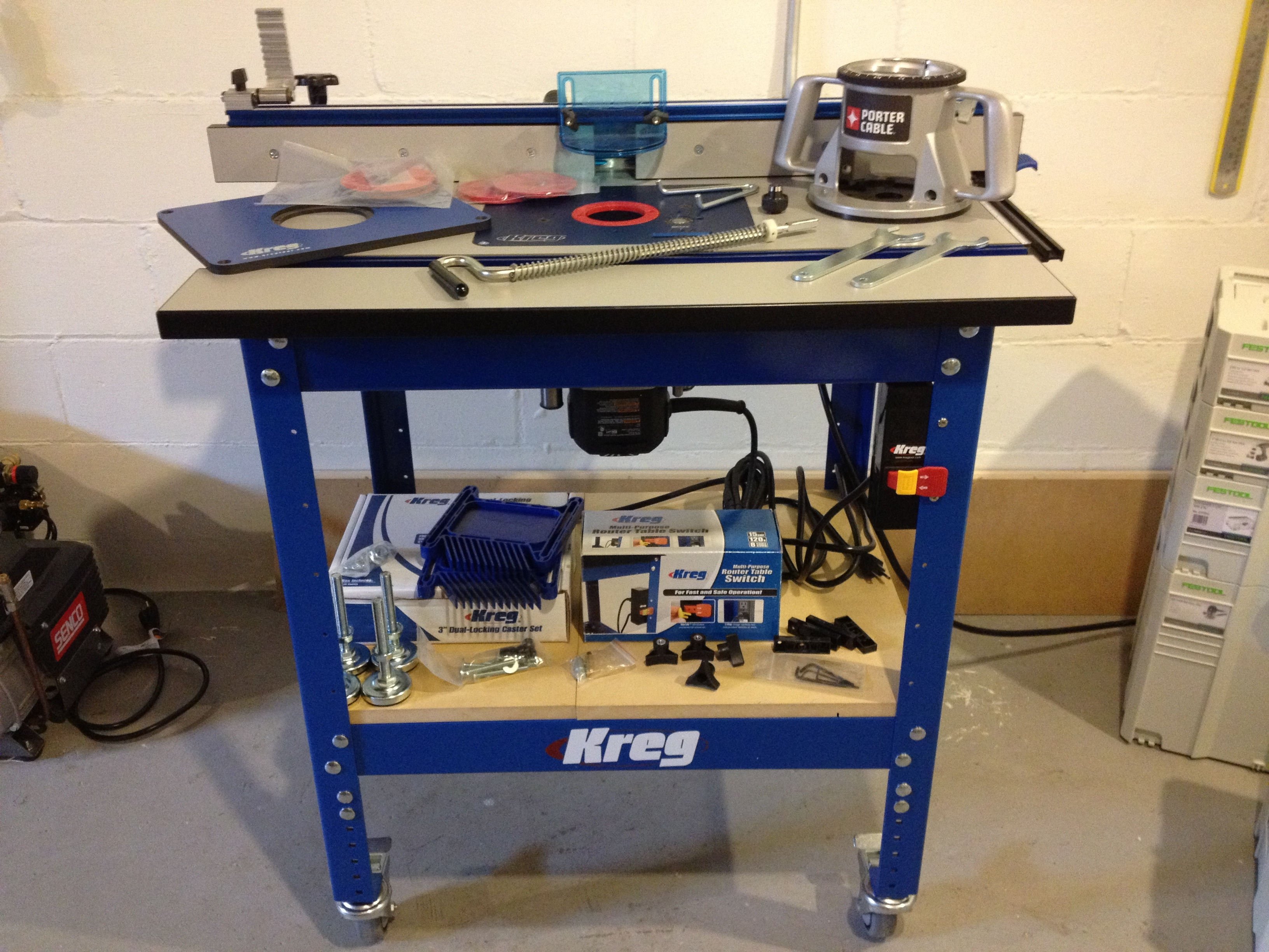 Image of: kreg router table assembly instructions